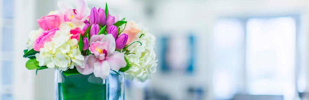 Rezeption mit Blumen